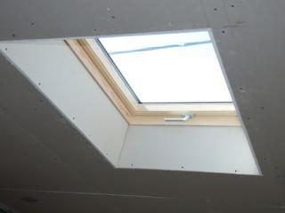 Habillage d'une fenêtre de toit Velux