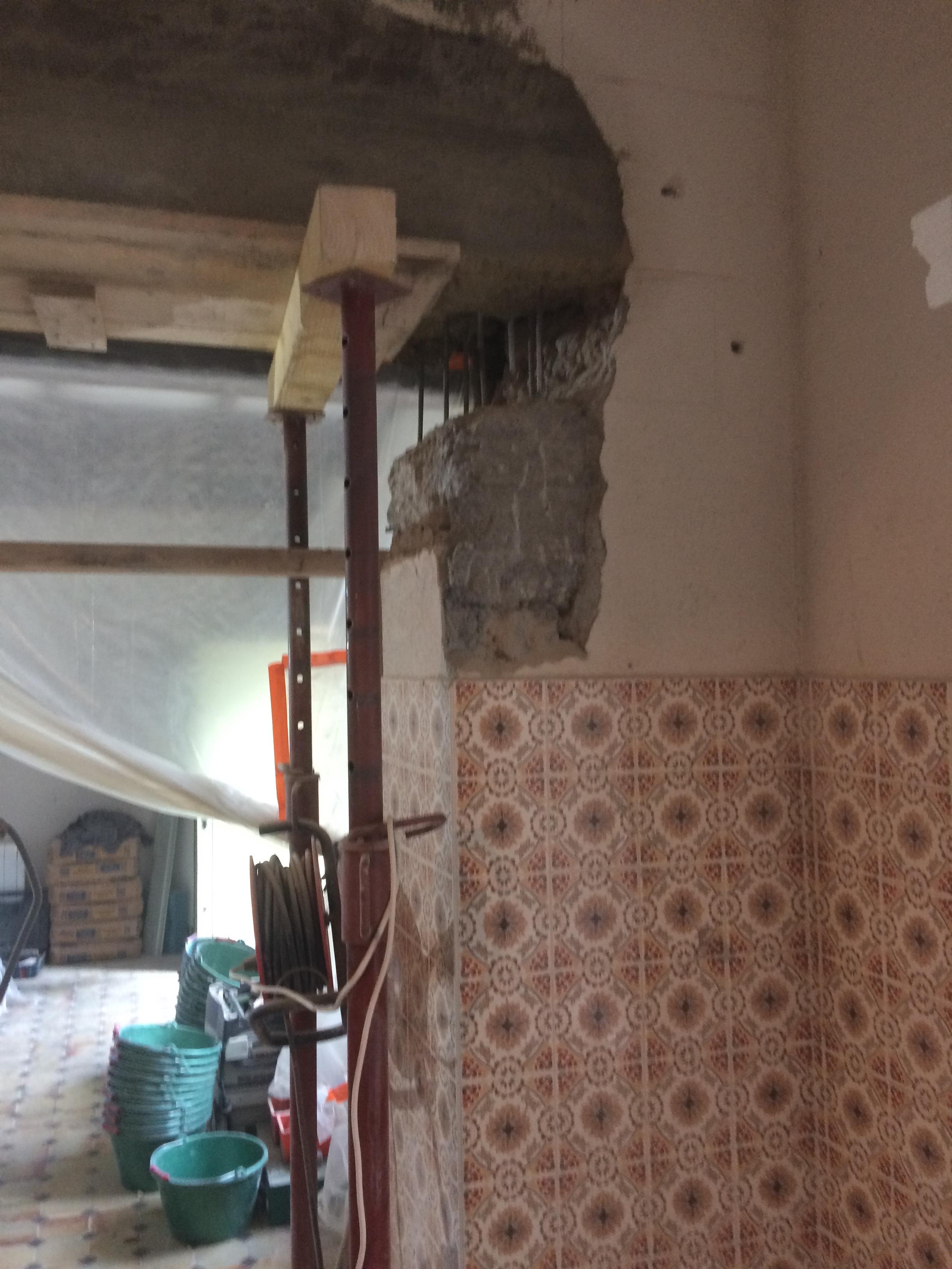 Habiller Une Poutre En Placo création d'une ouverture dans un mur de pierre - nîmes