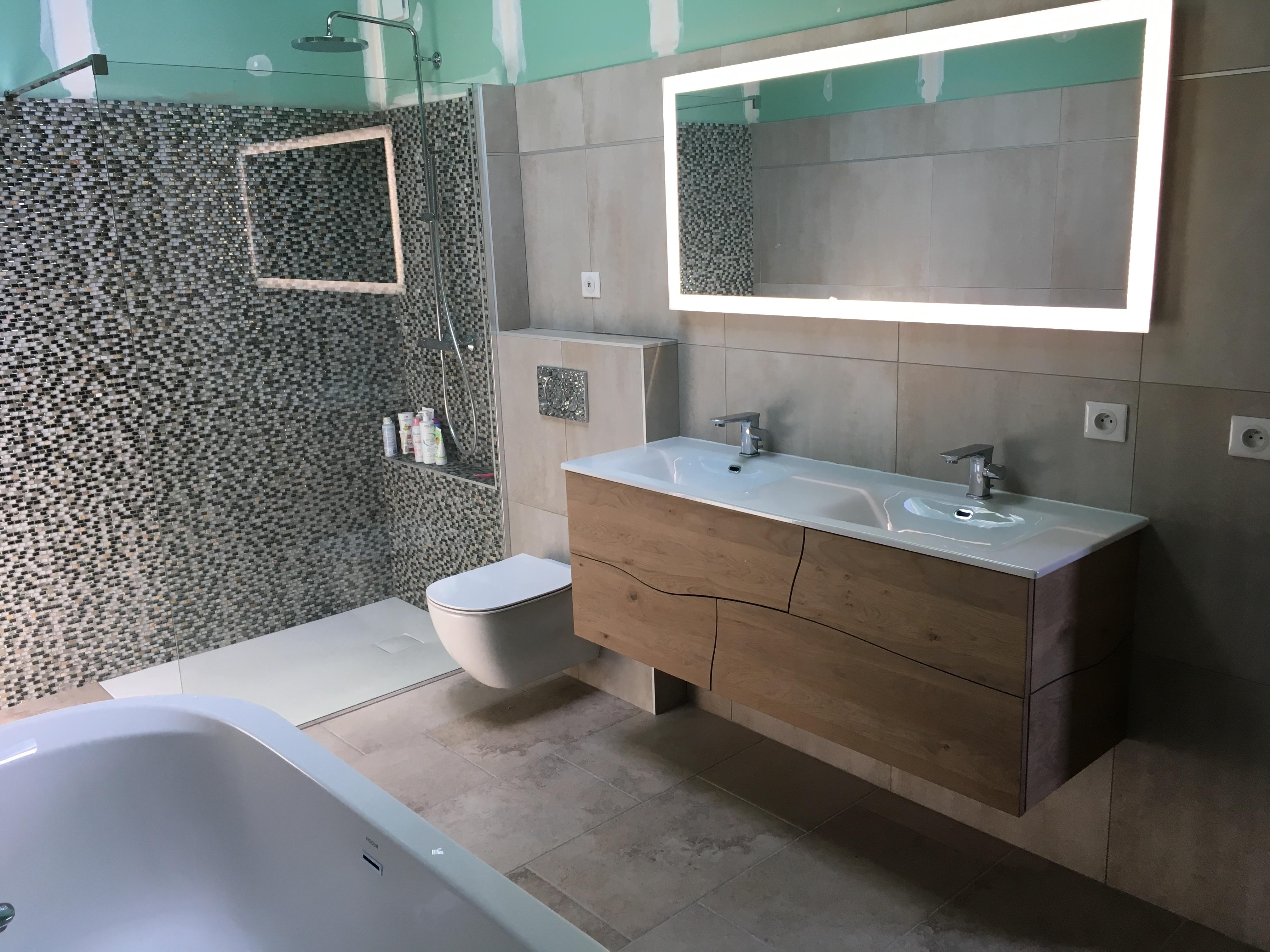R alisation des travaux pour une salle de bains - Concevoir salle de bain ...