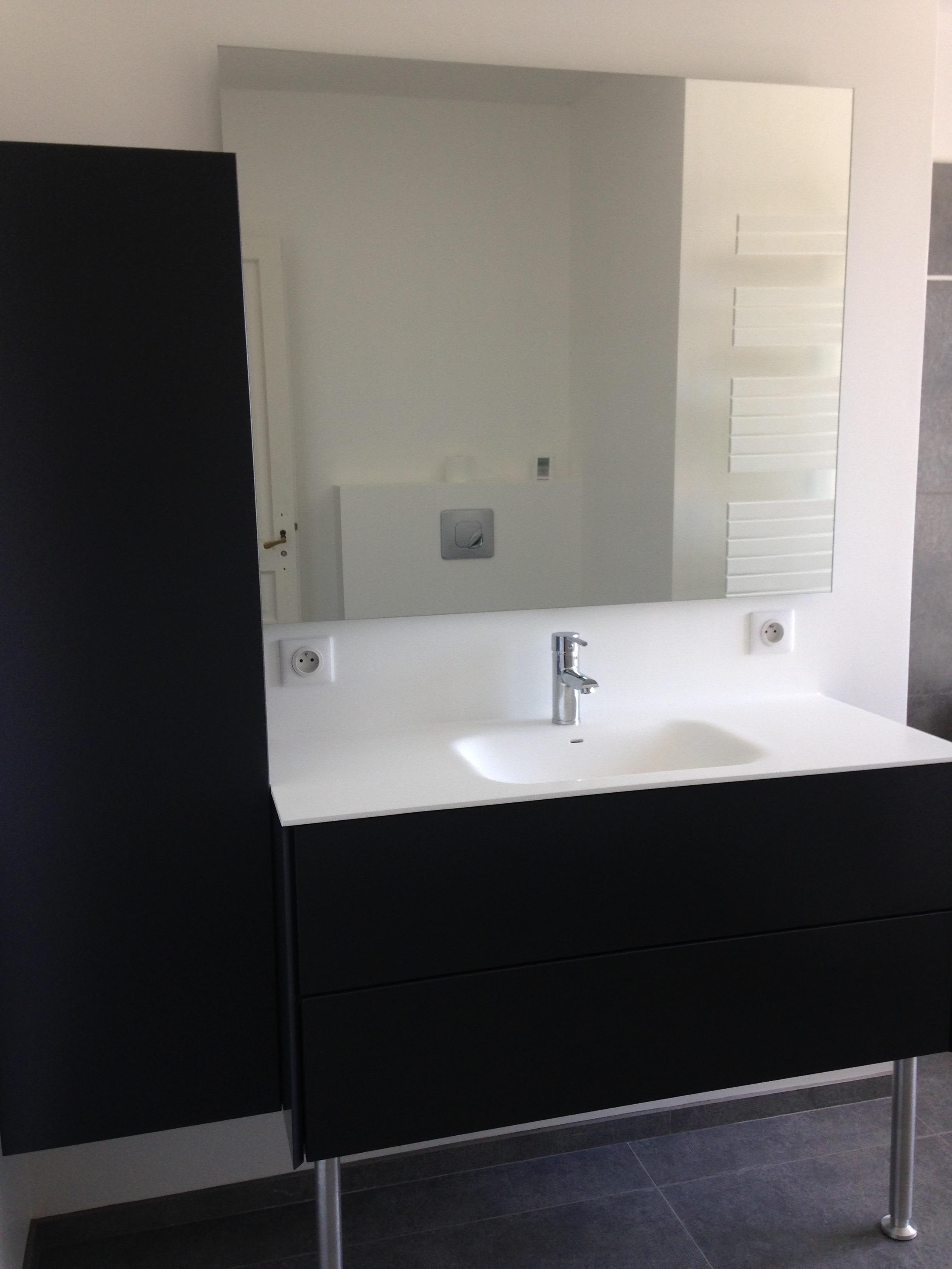 SDB blanc et gris ~~ Entreprise Salle de bain Nîmes Montpellier ...